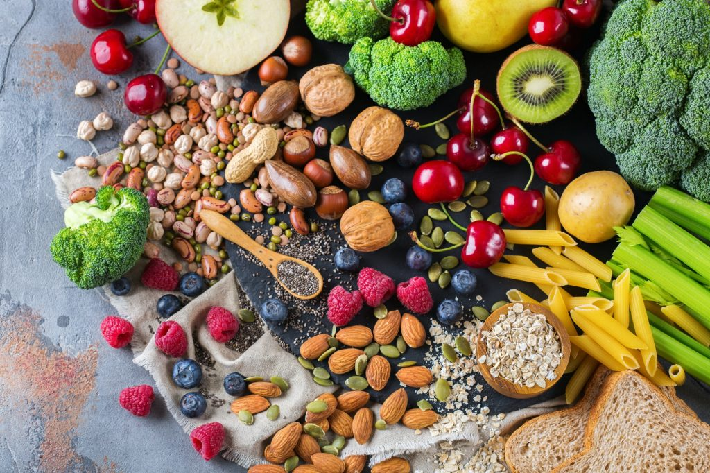 foods rich in antioxidants and fiber